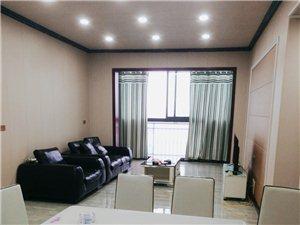 陽光上海城2室 2廳 1衛1300元/月