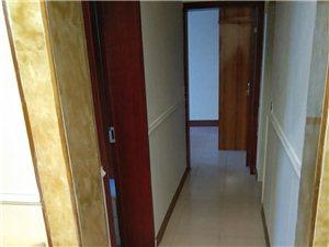 重客隆楼上2室 1厅 1卫800元/月