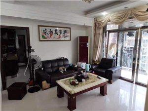 世纪豪庭3室 2厅 2卫2200元/月