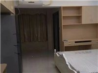 宝龙公寓1室 1厅 1卫1200元/月