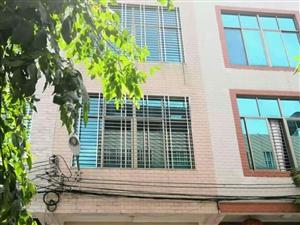 东风社区附近自建房整栋4.5X15.三层1800月