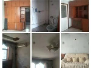 甘泉小区3室 2厅 2卫800元/月