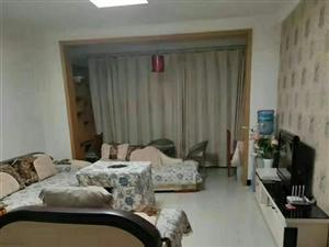 龍騰錦城3室 2廳 2衛1500元/月
