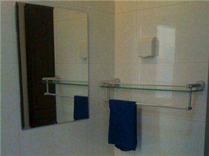 超低价出租房信海景园3室 1厅 1卫1300元/月