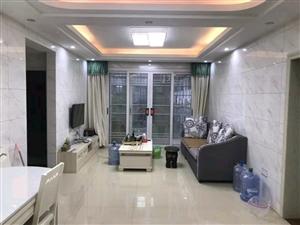 中央城精裝修3室 2廳 2衛2200元/月出租