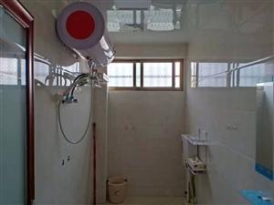 實驗中學附近2室 2廳 2衛1600元/月