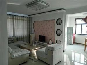尚河丽景,4楼,精装三室拎包入住,1500