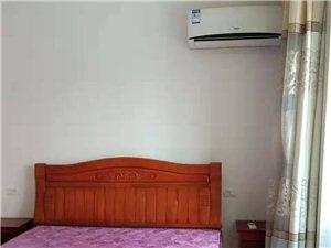 温泉小区安置房3室 2厅 1卫917元/月