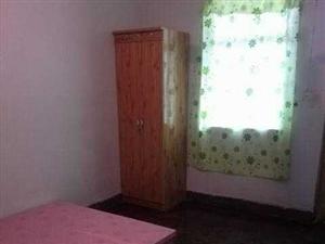 奔马厂家属院2室 1厅 1卫700元/月