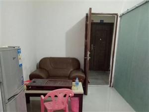 凤冠山庄1室 1厅 1卫800元/月