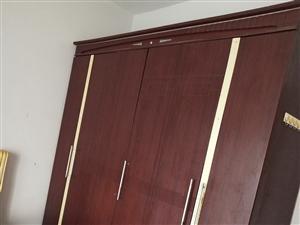 石岭小区3室 2厅 2卫8000元/月