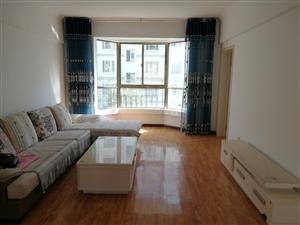 世纪名珠112平米3室 2厅 3楼1500元/月