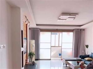 东方广场4室 2厅 2卫138.5万元