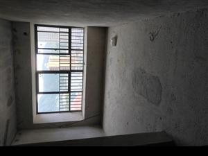 中浩地王广场4室 2厅 2卫68万元