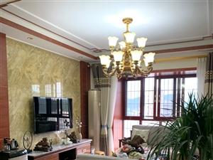 云溪新街3室 2厅 2卫59万元