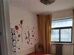 兰新小区精装2室 2厅 1卫1200元/月