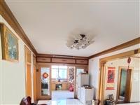 東風小區多層4樓中等裝修4室 2廳 1衛48萬元