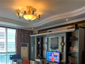 鸿宇广场3室 2厅 2卫54万元