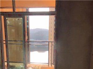 富红・水晶郦城3室 2厅 2卫38.5万元