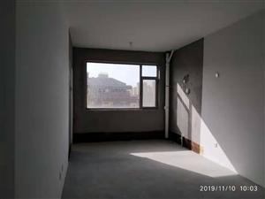 旗风居多层4楼147平南北通透带车库有证可按揭