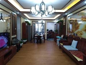万达广场4室 2厅 2卫130万元