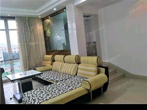 馨天地3室 2厅 2卫3000元/月