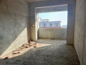 �h校附近3室2�d1�l毛坯�F房2700一平