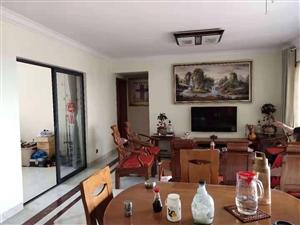亚澜湾3室 2厅 2卫82万元  满五唯一