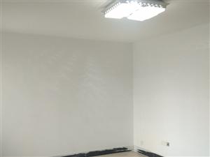 玉衡星居1楼简装 三台空调 热水器 空房适合拆迁户