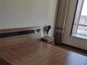 怡和名士豪庭8��3室 2�d 2�l148�f元