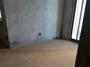 出售望华西苑185拍5室 2厅 2卫86万元