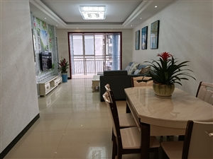 江畔明珠3室 2厅 2卫62.8万元