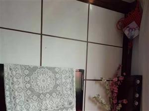 仁和花苑小区3室 2厅 1卫72万元