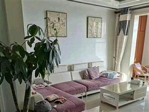 龙湖商贸城3室 2厅 1卫85万元