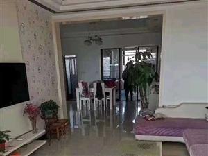 龙湖商贸城精装3室 2厅 1卫85万元