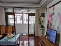 南苑小区126平米3室2厅2卫多层三楼153万元满2年送储藏室