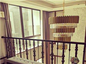 金茂一号院3室 2厅 3卫216万元