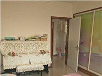 鲁花太阳城2室 2厅 1卫带10平米朝外小房63.8万元