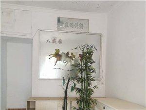 小路口3室 2厅 1卫1500元/月