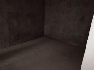 名门首府3室 2厅 1卫72万元
