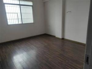 四小对面3室 2厅 1卫68万元