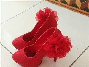 婚鞋低价出售