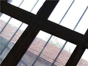 拆,裝,家裝,工裝,專業擦玻璃,清理衛生。