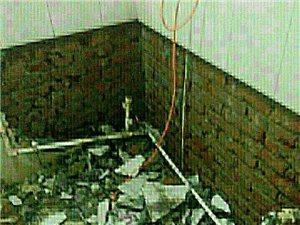 專拆除各種吊頂,裝修材料,開口,砸墻,拆隔斷