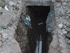 疏通?#33041;?#19978;下水。水管维修防水补漏。房屋门窗维修。