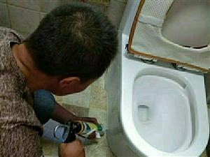 疏通上下水。維修改造上下水。防水補漏。潔具維修。