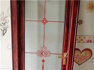 專業制作各種門窗,金剛網紗窗,陽光房,鈦合金門窗