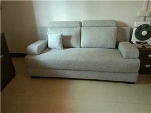 客廳軟體沙發定制,上門翻新換皮,換布,維修。