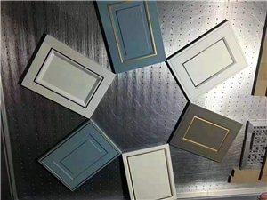 定制各種高中低檔吸塑門板,晶鋼門板,仿古浮雕