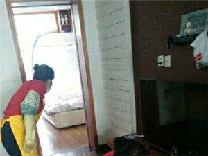 打掃衛生,疏通管道,換窗紗搬家廢品回收